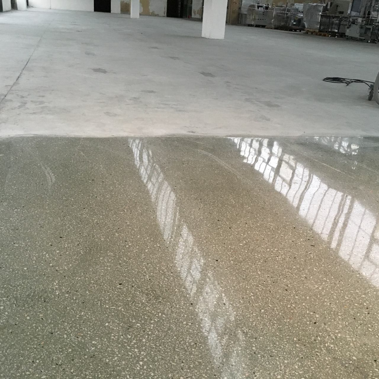 Reworking repair of old concrete floor for Can you polish old concrete floors